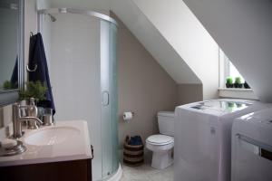 IWMH1011 - Bathroom After - 3